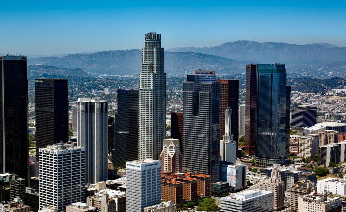 Apprenez l'anglais différemment : envolez-vous pour Los Angeles