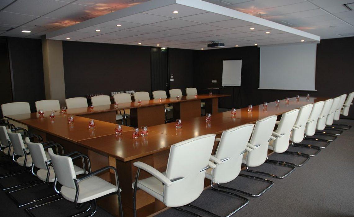 Comment choisir une salle de conférence pour un événement professionnel ?