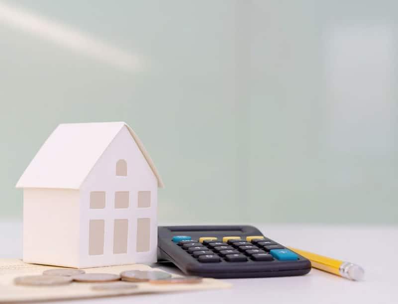 Estimer sa maison ou son appartement soi-même, est-ce recommandé ?
