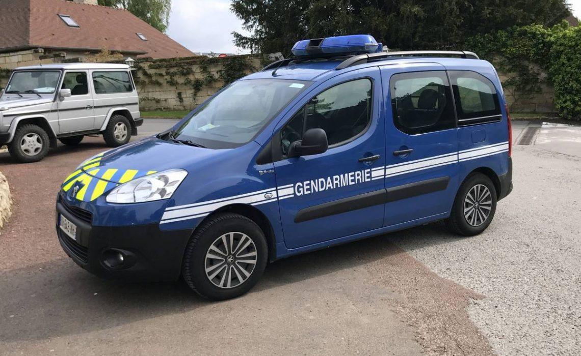 Des kits de carrosserie sur mesure pour les voitures de sécurité publique