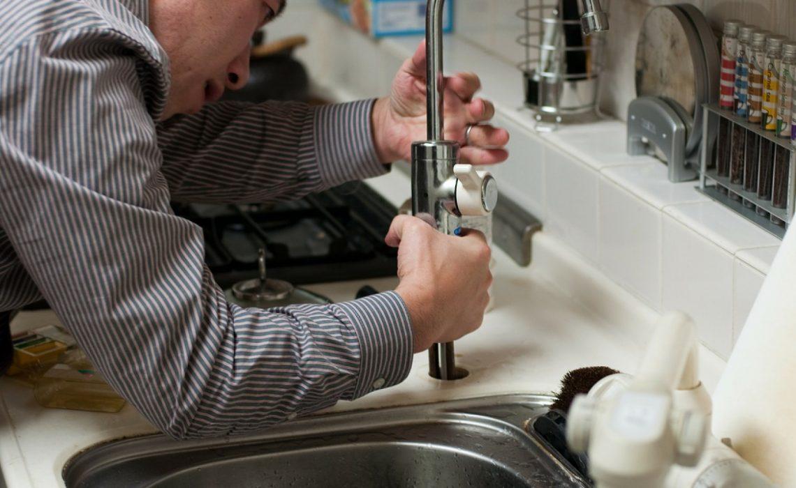 Comment trouver un bon plombier sur Paris