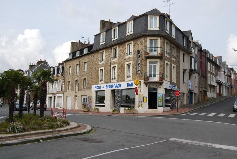 Quels services propose l'hôtel Beaurivage Dinard?