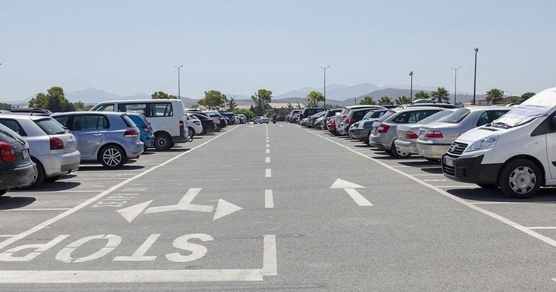 La prise en charge de votre voiture : faites confiance aux parkings aéroports